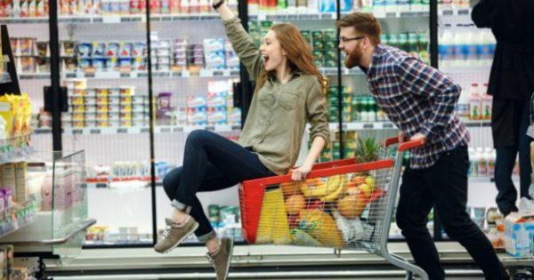 7 Πράγματα που οι «Έξυπνοι Αγοραστές» Κάνουν Πάντα στο Σούπερ Μάρκετ!