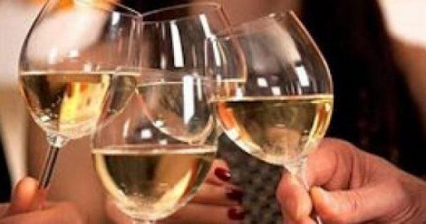 """Έρευνα ΣΟΚ – Με προβλήματα αλκοολισμού το 10% των Ελλήνων – Οι """"μπόμπες"""" και…το τσίπουρο"""