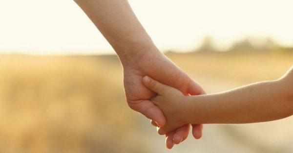 Καρκίνος ωοθηκών: Αυξημένος ο κίνδυνος λόγω γονιδίου που κληροδοτείται από τον πατέρα