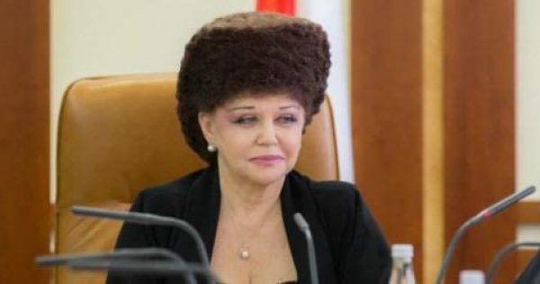 Το ανεκδιήγητο κούρεμα Ρωσίδας βουλευτού που έγινε viral -Σαν φωλιά