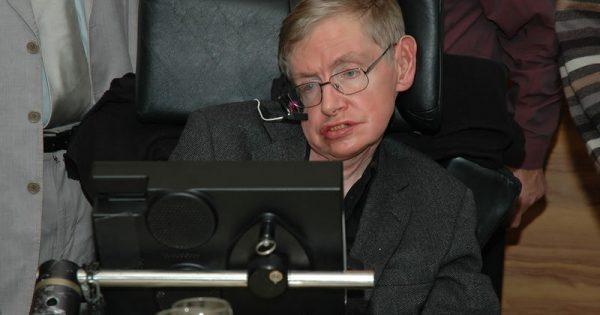 Νόσος του κινητικού νευρώνα (ALS): Η νευρολογική πάθηση την οποία ο Στίβεν Χόκινγκ «αψηφούσε» επί δε
