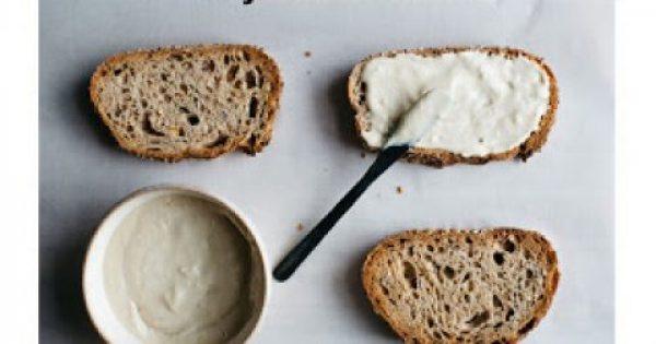 Ταχίνι: Το superfood της νηστείας! Τα σημαντικά του οφέλη και οι θερμίδες που πρέπει να προσeξεις