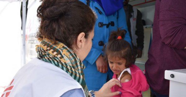 Οι Γιατροί χωρίς Σύνορα πραγματοποίησαν μαζικούς εμβολιασμούς κατά της ιλαράς- Στα 2099 τα κρούσματα στη χώρα