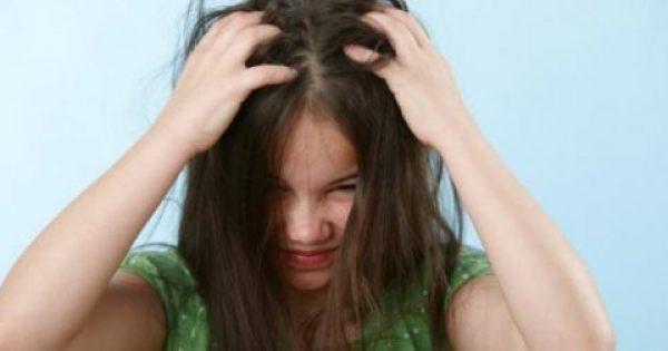 Τα μυστικά για να «σώσετε» το παιδί από την ταλαιπωρία με τις ψείρες