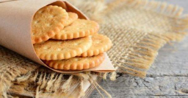 Ωρα για ένα τέλειο σνακ -Φτιάξτε κρακεράκια τυριού από τον Aκη Πετρετζίκη