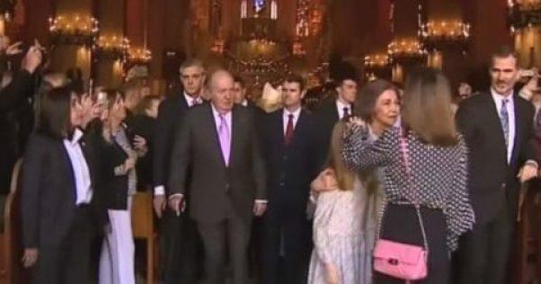 Η βασίλισσα Λετίθια τσακώνεται με την… Ελληνίδα πεθερά της, πρώην βασίλισσα Σοφία, μπροστά στον κόσμο