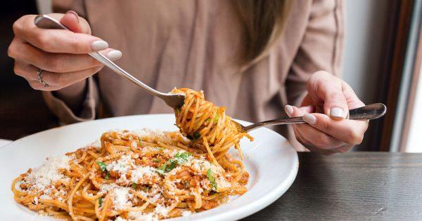 Φάτε ζυμαρικά και δεν θα παχύνετε – Οι επιστήμονες «δικαιώνουν» τα μακαρόνια!