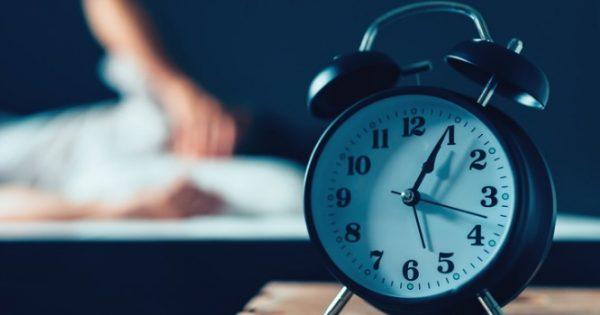 Η αϋπνία συνδέεται με το Αλτσχάιμερ!