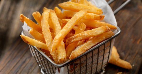 Παίρνει μέτρα η Ε.Ε. για διατροφικό κίνδυνο από τις τηγανητές πατάτες – Δείτε τι θα γίνει