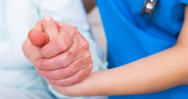 Νόσος Πάρκινσον: Τα Κέντρα Κινητικών Διαταραχών των ελληνικών νοσοκομείων