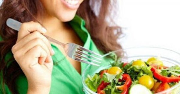 Τροφές πλούσιες σε όγκο αλλά με λίγες θερμίδες, που μπορούν να κόψουν την όρεξη. Κάντε δίαιτα και χάστε κιλά τρώγοντας