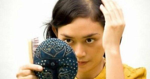 Μήπως πέφτουν τα μαλλιά σου; Αυτή η σπιτική και ΕΥΚΟΛΗ λοσιόν κάνει θαύματα!