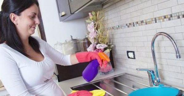 Πώς θα καθαρίσετε τέλεια τα πιο δύσκολα σημεία της κουζίνας