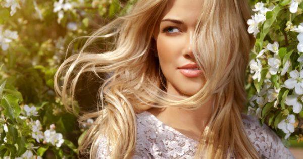 Γιατί είναι πολύ πιο πιθανό να είναι (φυσική) ξανθιά μια γυναίκα, παρά ένας άντρας