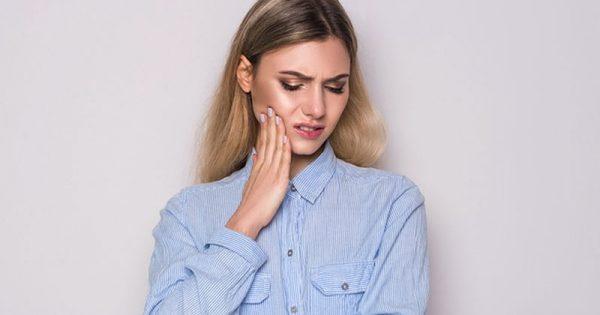 Ευαίσθητα δόντια: 10 τρόποι για να μειώσετε τον πόνο