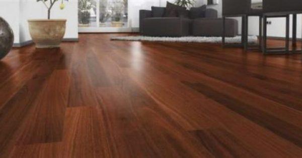 6 εύκολα tips για να «σώσεις» το γρατζουνισμένο ξύλινο πάτωμα!