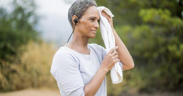 Ιδρώτας: 9 πράγματα που δείχνει για την υγεία σας!!!
