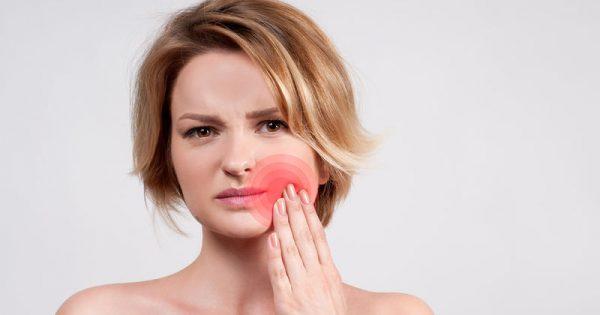Σύνδρομο κροταφογναθικής διάρθρωσης: Πώς θα αντιμετωπίσετε το τρίξιμο στα δόντια