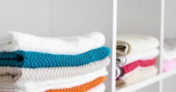 4 Εύκολοι Τρόποι για να Κάνετε τα Ρούχα και την Ντουλάπα σας να Μοσχομυρίσουν