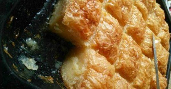 Γαλακτομπούρεκο με αφράτη κρέμα και μυρωδάτο σιρόπι !!!