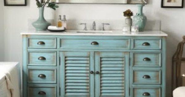 Βάλτε παλαιωμένο ξύλο στο μπάνιο σας και δείτε το να μεταμορφώνεται