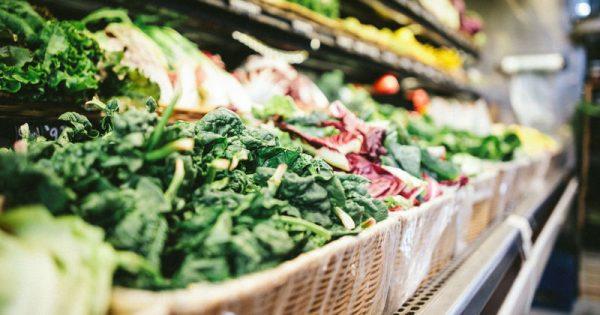 Υποφέρετε συχνά από φούσκωμα; Τα 10 λαχανικά που πρέπει να αποφεύγετε
