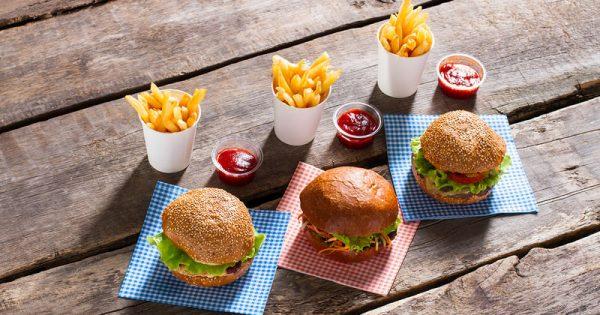 Τι να τρώτε πριν από ένα γεύμα με πολλά λιπαρά για να προλάβετε τις φλεγμονές