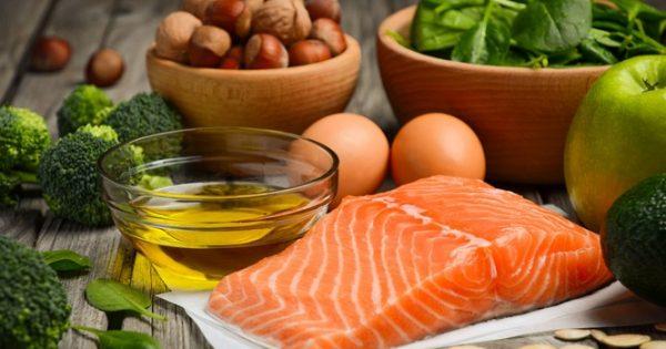 Έξι τροφές με πολλά λιπαρά που είναι όμως πολύ υγιεινές