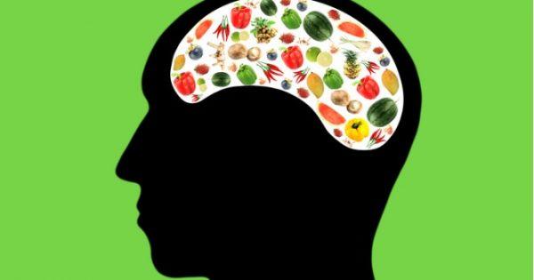 MIND: Τι περιέχει η διατροφή που βοηθάει στην πρόληψη του Αλτσχάιμερ