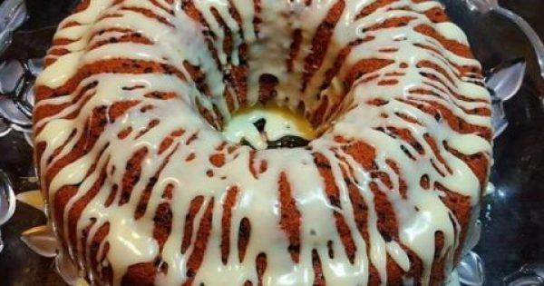 Κέικ καρότου με γλάσσο λευκής σοκολάτας