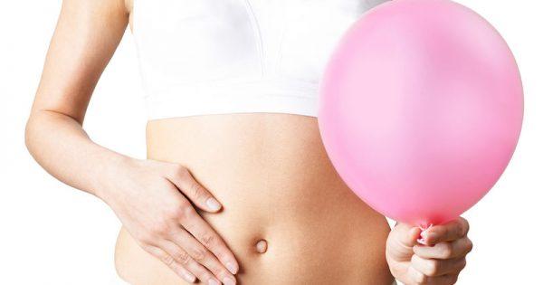 Αλάτι και κατακράτηση υγρών: 3 tips για να ξεφουσκώσεις