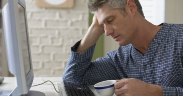 Πώς η έλλειψη ύπνου επηρεάζει άμεσα την καρδιά – Μην το αμελείτε!