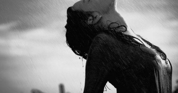 Ο Θεός δίνει μπόρες σ' αυτούς που αντέχουν να χορεύουν στην καταιγίδα!!!