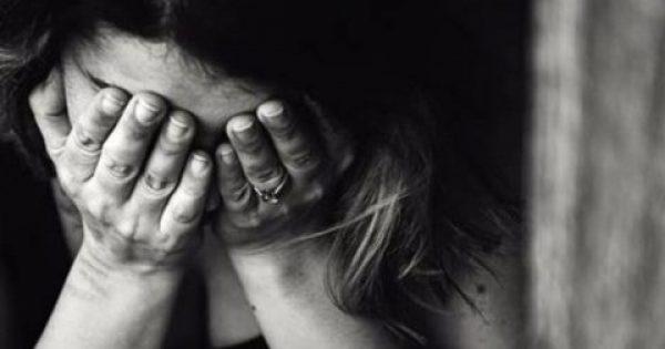 Τα 5 στάδια του πένθους: Από την άρνηση στην αποδοχή