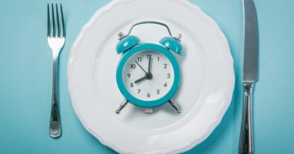 Η διαλειμματική νηστεία βοηθάει στην απώλεια βάρους – Η δίαιτα 16:8
