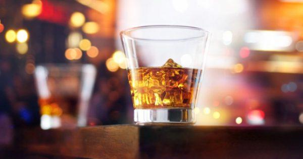 Το αλκοόλ συνδέεται με αυξημένο κίνδυνο καρκίνου