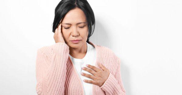 Πόνος στο στήθος & πονοκέφαλος: Ποιες παθήσεις μαρτυρά το ντουέτο των συμπτωμάτων
