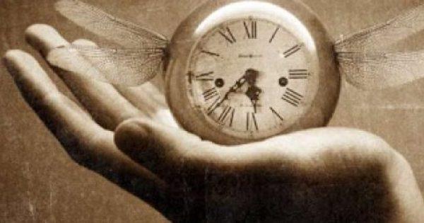 Τι ώρα γεννήθηκες; Δες τι σημαίνει!