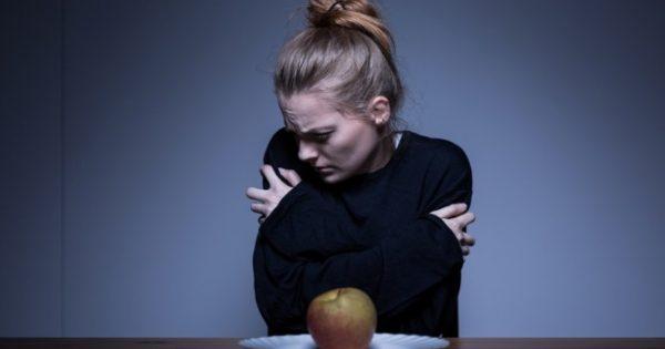 Διατροφικές διαταραχές: Ποιες είναι οι πιο συχνές και τι συμπτώματα έχουν