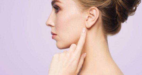Πώς θα κάνετε καθαρισμό αυτιών στο σπίτι χωρίς μπατονέτα!!!