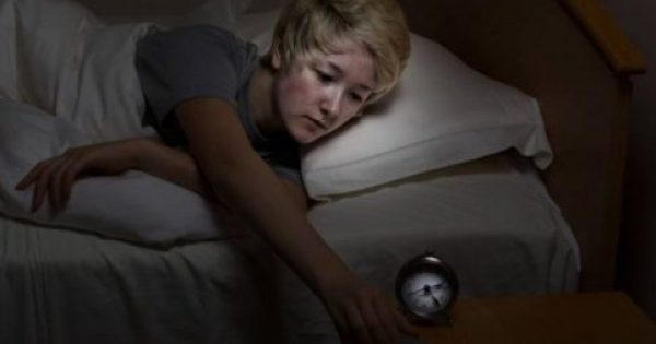 Προειδοποίηση: τα κινητά την νύχτα προκαλούν τύφλωση