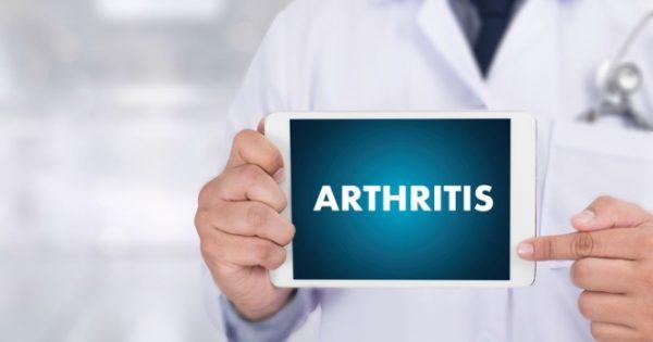 Η Novartis «φωτίζει» τον σημαντικό ρόλο της σεκουκινουμάμπης στις σπονδυλαρθρίτιδες
