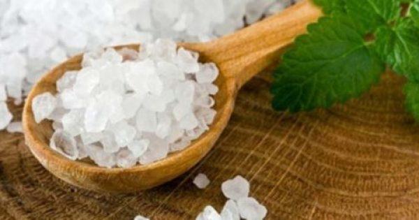Δείτε γιατί το (πραγματικό) αλάτι είναι τόσο χρήσιμο για τον οργανισμό