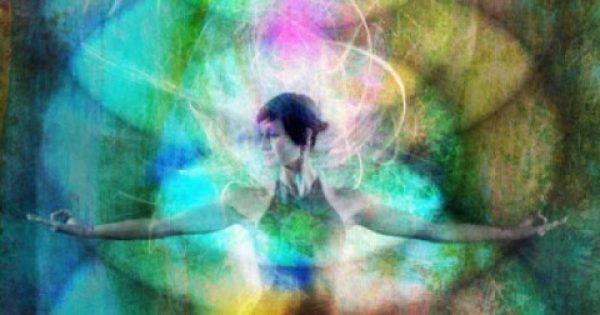 """Έβδομη Πύλη: Η σκέψη που θεραπεύει – Ο ρόλος της σκέψης στη θεραπεία. Θετικές και αρνητικές σκέψεις. Η """"αύρα"""" των κυττάρων και το ενεργειακό σώμα."""