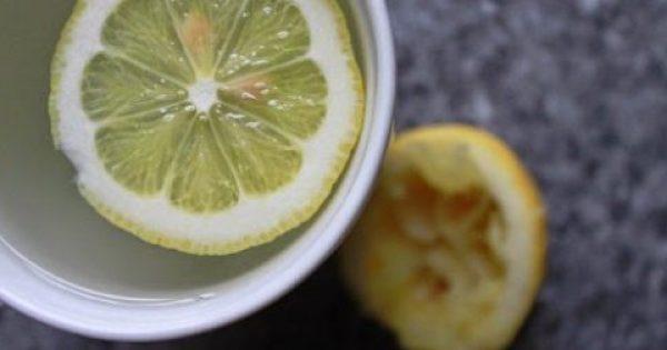 Γιατί όλοι το πρωί πρέπει να πίνουν ζεστό νερό με λεμόνι;