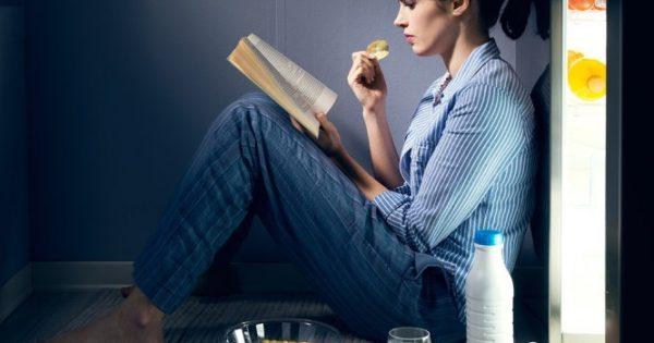 Ύπνος: 8 λάθη που κάνετε μετά τις 8 το βράδυ και σας προκαλούν αϋπνίες