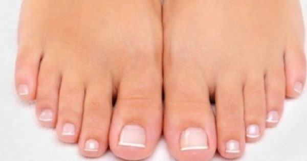 ΑΠΙΣΤΕΥΤΟ! Τα νύχια των ποδιών σου ΑΠΟΚΑΛΥΠΤΟΥΝ αν κινδυνεύετε από καρκίνο!