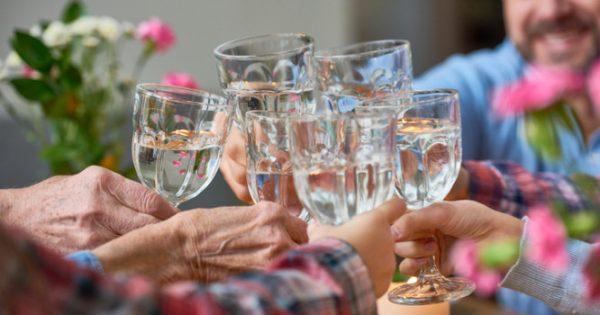 Νερό: Δεκαπέντε οφέλη που παρέχει στην υγεία