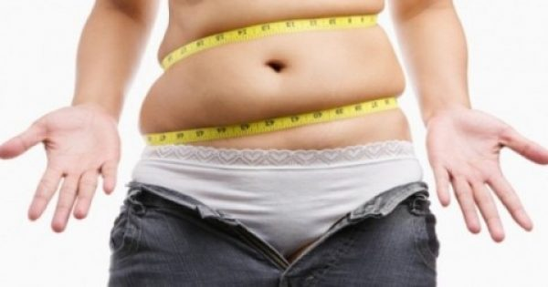 Γιατί μαζεύεται λίπος στην κοιλιά μετά την εμμηνόπαυση