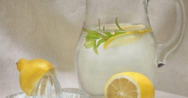 Πιείτε ένα ποτήρι με Λεμόνι με νερό για 28 ημέρες και δες τεράστιες αλλαγές στο σώμα σου